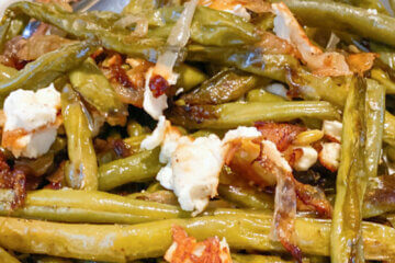 sautéed green beans with caramelized onions and feta cheese